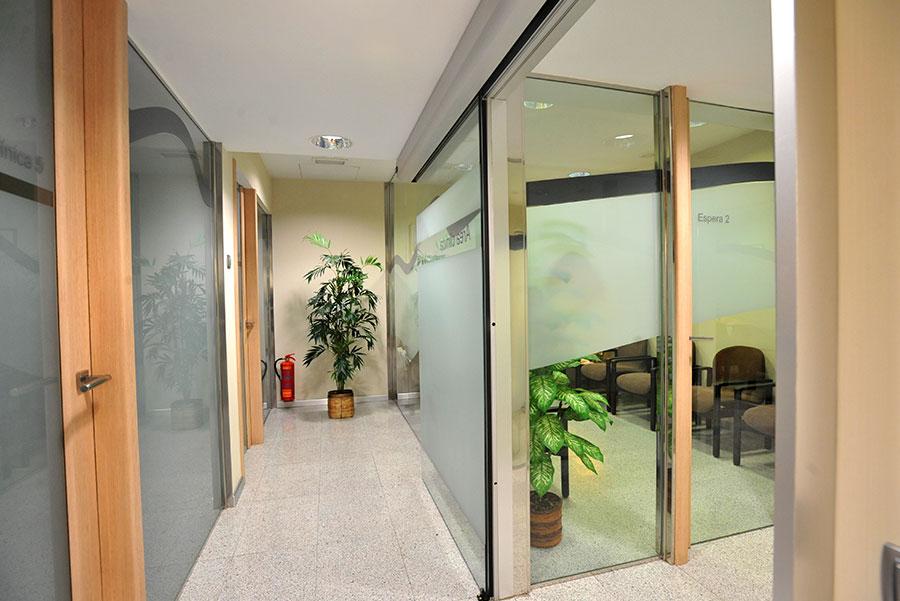 sala espera clinica noguerol granada